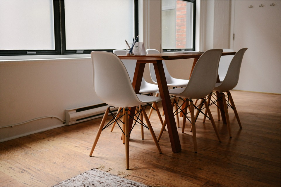 Choose Hardwood Floors for Your Business